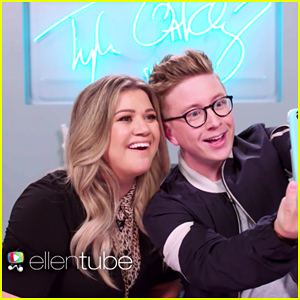 Kelly Clarkson Takes Snapchat Challenge with Tyler Oakley! (Video)