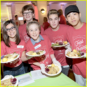 Nickelodeon Stars Give Back at Salvation Army's Feast of Sharing Holiday Dinner