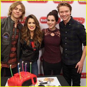 Would ross lynch dating laura marano sister