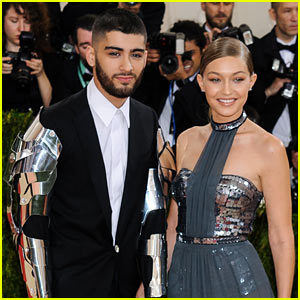 Zayn Malik & Gigi Hadid Spend Their Holiday Break in the Snow