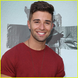VIDEO: Jake Miller Reveals His Worst Kiss Ever!