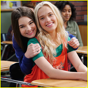 Landry Bender Joins Fans In Campaigning For 'Best Friends Whenever' Season 3