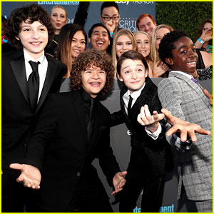 'Stranger Things' Kids Strike Fun Poses at Critics' Choice Awards!