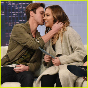Cameron Dallas Reveals His Perfect First Date!