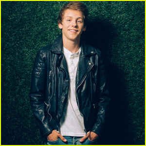Jacob Bertrand Gives JJJ the Scoop on 'Kirby Buckets' Season 3!