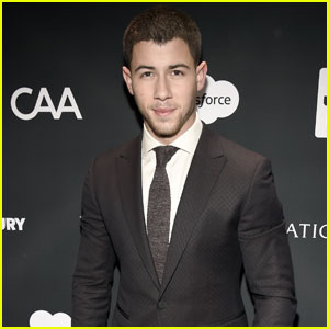 Nick Jonas Looks Super Hot In A Suit For A Good Cause