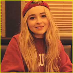 VIDEO: Sabrina Carpenter Drops Cool 'Evolution Tour' Recap Vid!