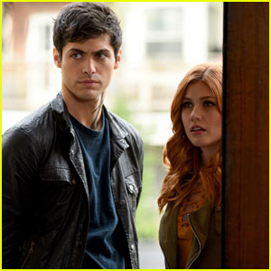 Clary Tries to Bring Back Jocelyn on Tonight's 'Shadowhunters'