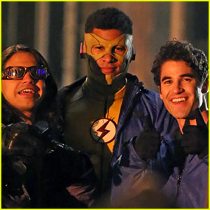 Darren Criss Seen on Set for 'The Flash/Supergirl' Crossover Musical!