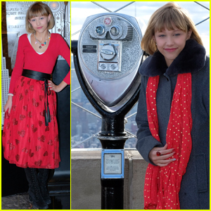 Grace VanderWaal Sings For Couples Getting Married at Empire State Building - Watch Now!