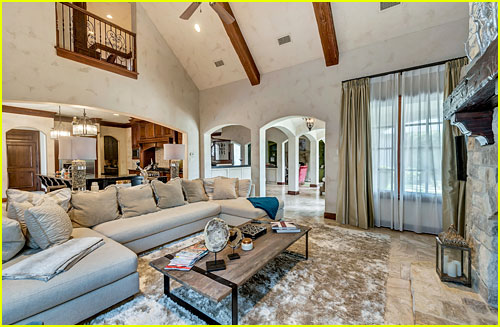 Go Inside Selena Gomez\'s Texas Dream Home! | Selena Gomez | Just ...