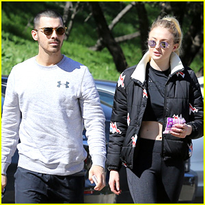 Joe Jonas & Sophie Turner Go for a Valentine's Day Hike!