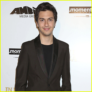 Nat Wolff Steps Out For 'In Dubious Battle' Hollywood Premiere