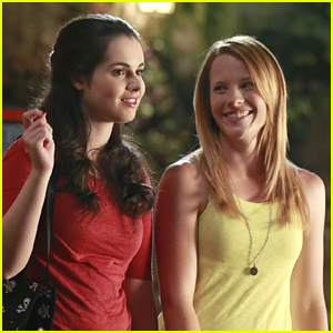 Vanessa Marano & Katie Leclerc Took Squirrels From the 'Switched at Birth' Set!