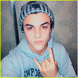 Ethan Dolan Sticks Up For His Fans on Twitter in the Cutest Way