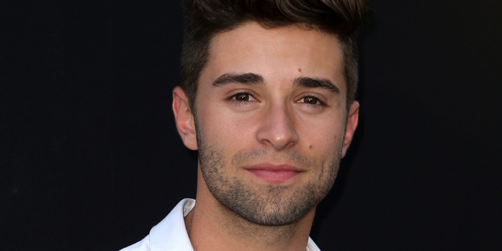Jake miller reveals inspiration behind new songs he just for Living room jake miller