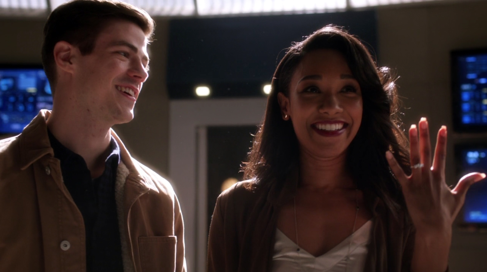 The Flashs Iris Amp Barry Get Engaged Again During Musical Episode