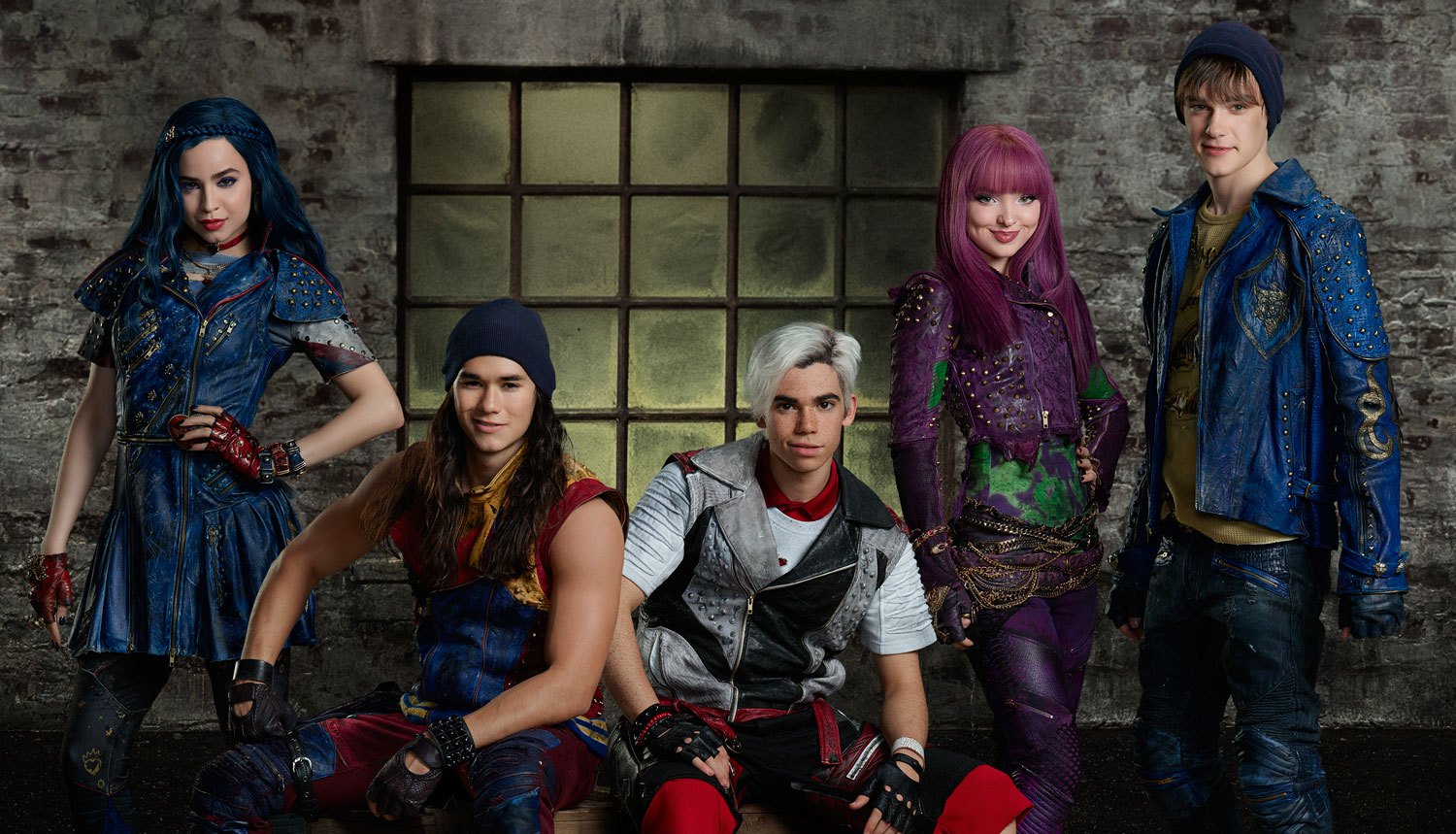 China mcclain breaking news and photos just jared jr page 5 - Watch The Descendants 2 Cast Announce The Summer 2017 Premiere Date