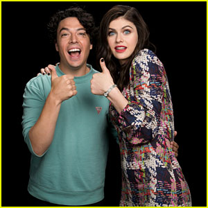 Alexandra Daddario Says 'Baywatch' Doesn't Have Any Female Characters Who Are 'Just Funny Because They're Dumb' (Video)