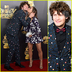 Brett Dier & Haley Lu Richardson Are Such a Cute Couple at MTV Movie & TV Awards 2017