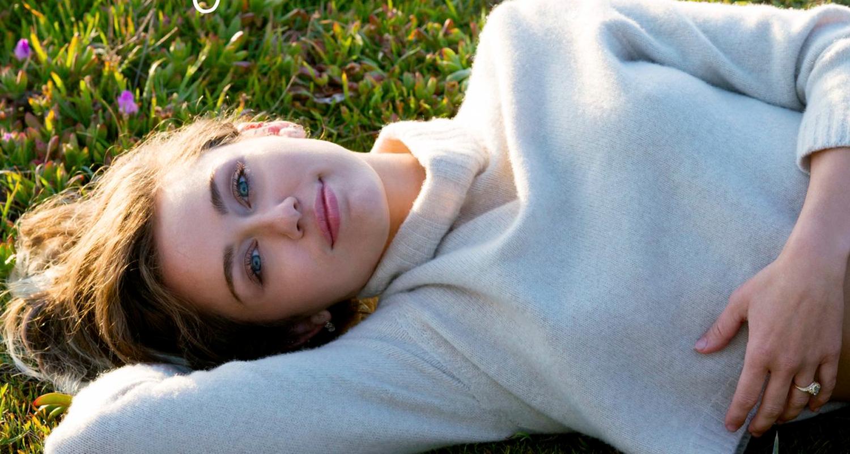 Miley Cyrus Premieres New Single Malibu Stream Lyrics Download