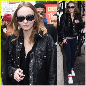 Lily-Rose Depp Arrives in NYC For Met Gala 2017