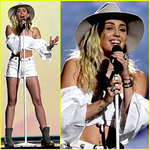 Miley Cyrus Performs 'Malibu' Live at Billboard Music Awards 2017!