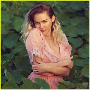 Miley Cyrus Confirms 'Malibu' Performance At Billboard Music Awards 2017!