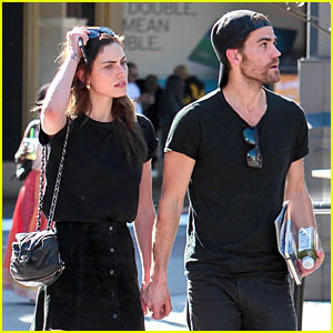 Paul Wesley & Phoebe Tonkin Seem to Be Back On!