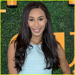 Social Star Eva Gutowski Celebrates 8 Million YouTube Subscribers!
