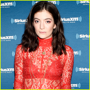 Lorde Reveals Her Song 'The Louvre' Is All About The Magic of a Crush