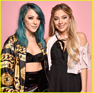 Niki & Gabi DeMartino Just Redefined Sister Goals After Dealing With Online Bullies