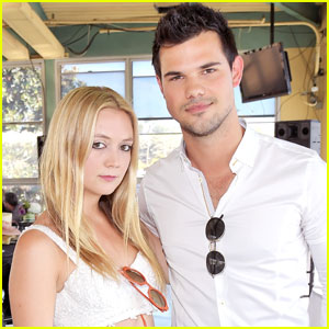 Taylor Lautner Has Been 'Like a Husband' to Billie Lourd After Her Mom's Passing