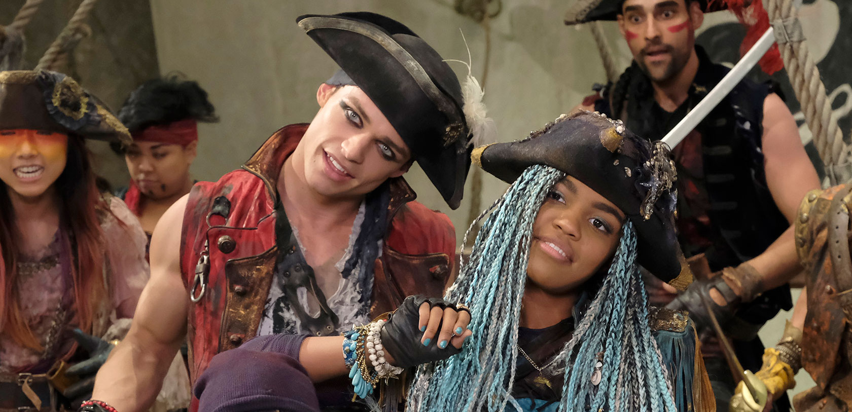 China mcclain breaking news and photos just jared jr page 5 -  Vk S Exclusive China Mcclain Descendants Dove Cameron Dylan Playfair Exclusive Interview Sofia Carson Thomas Doherty Just Jared Jr