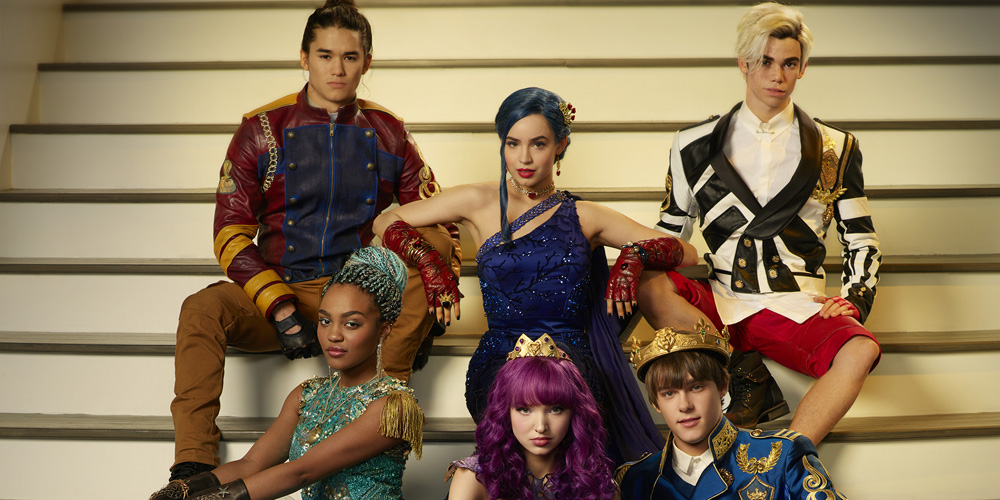 'Descendants 2′ Cast Glams Up For Gorgeous Cotillion Portrait | Booboo Stewart, Cameron Boyce ...