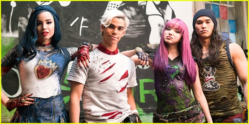 Dove Cameron, China Anne McClain & More Star in 'Descendants 2′ – Full Cast List