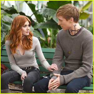Are Katherine Mcnamara Will Tudor Dating Shadowhunters Fans Seem Convinced Katherine Mcnamara Love Shadowhunters Will Tudor Just Jared Jr