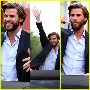 Liam Hemsworth is Lovestruck While Filming 'Isn't It Romantic'