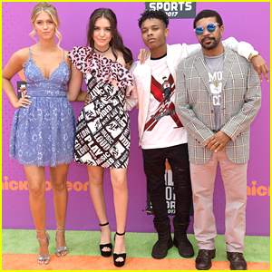 Lilimar & Her 'Knight Squad' Co-Stars Make First Cast Appearance at Nick's Kids Choice Sports Awards 2017