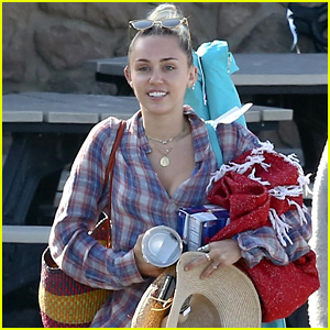 Miley Cyrus Has Her Hands Full After Grocery Run