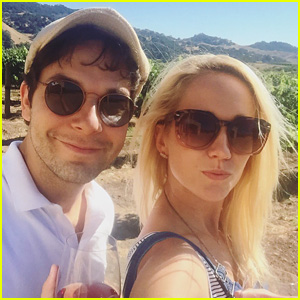 Anna Camp & Skylar Astin Reminisce About Their Wedding Day at the 'Scene of the Crime'