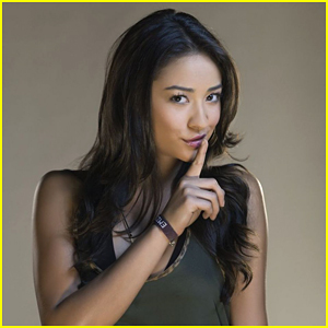 Shay Mitchell Still Has Her Original Audition Papers From 'Pretty Little Liars'