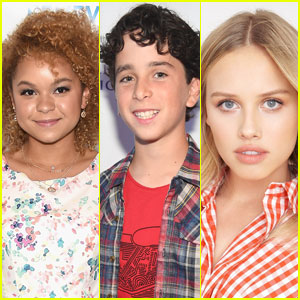 Rachel Crow, Jason Drucker, & More Cast in 'Transformers' Spinoff 'Bumblebee'