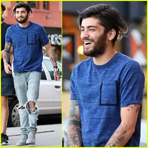 Zayn Malik Reveals He Slept on the Floor for Six Months After Moving to LA (Video)