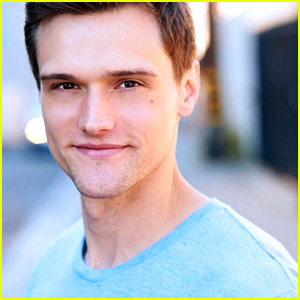 'The Flash' Casts Hartley Sawyer as The Elongated Man