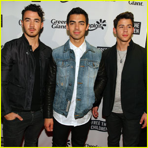 Kevin Jonas Says the Jonas Brothers Helped Him Take Risks in His Career