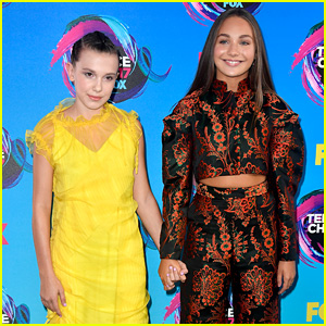 Maddie Ziegler & Millie Bobby Brown Hold Hands at Teen Choice Awards 2017