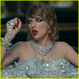 Taylor Swift Breaks Record for Most Views of a Music Video in 24 Hours!