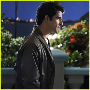 Tyler Posey's Adam Connects With Jane On An 'Artistic Level' on 'Jane The Virgin'