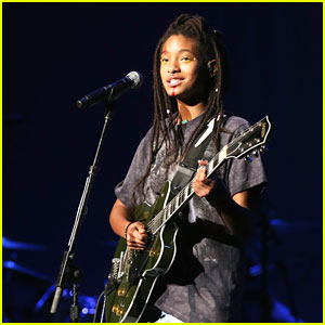 Willow Smith Releases New Acoustic Song